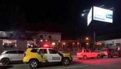 Fiscalização prende homem e fecha cinco estabelecimentos, em Ponta Grossa